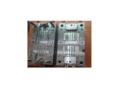 plastic-molding-tools-2